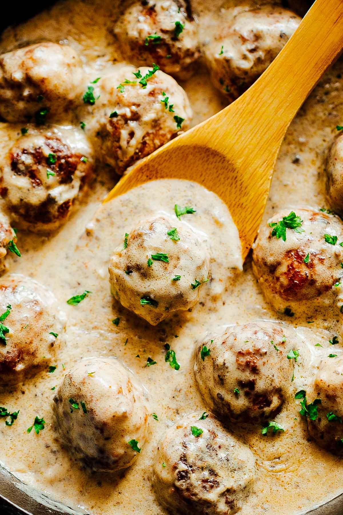 Chicken-Meatballs-in-Mushroom-Sauce-3.jpg