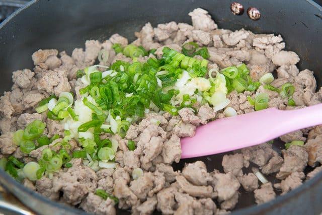 Korean-Chicken-Rice-Bowls-Fifteen-Spatulas-3-640x427.jpg