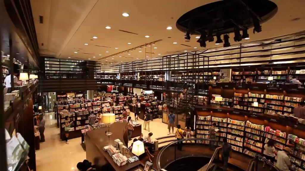 Eslite-Bookstore-Dunnan-Outlet.jpg