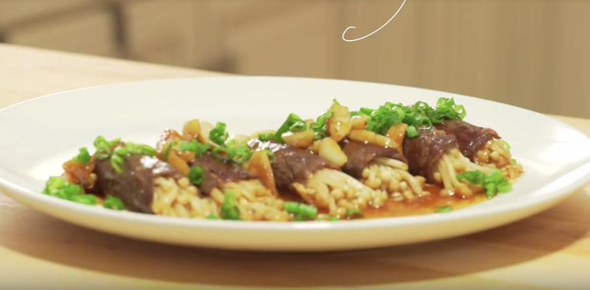 Screenshot-2018-2-19 (5) How to Make the Best Sukiyaki Beef Rolls in 5 Minutes, CiCi Li - YouTube(1).png