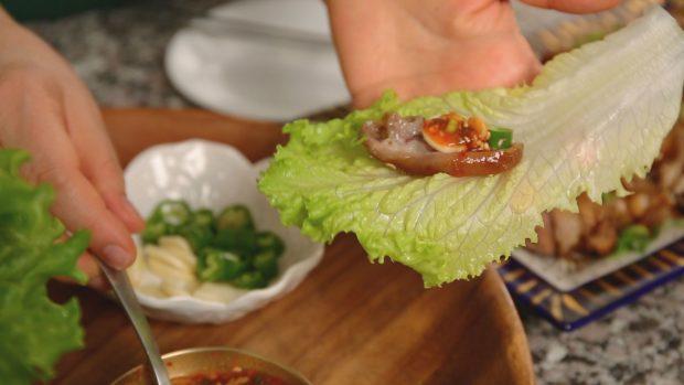 jokbal-korean-braised-pigs-trotters-xxxxxxxxxxxxxxxxxx-wrap-620x349.jpg
