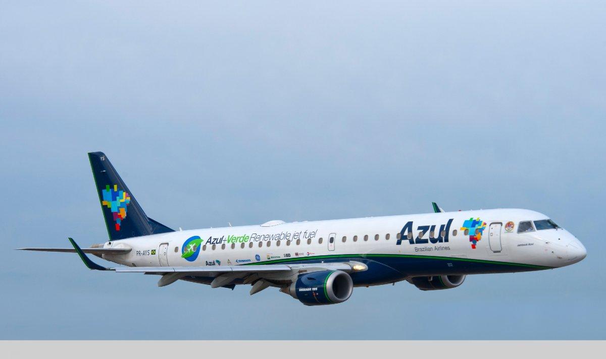 8-azul-brazilian-airlines.jpg