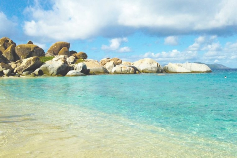 05-virgin-islands-Beaches-With-the-Clearest-Water-in-the-World_494427157-abbyweaveo-760x506.jpg