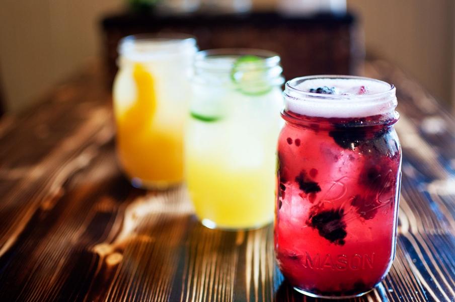 joe-s-mason-jar-cocktails-jpg-20130506.jpg