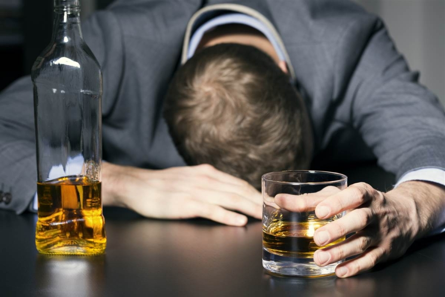 161128-drinking-alcohol-jpo-108p_52ad934c90bc61c93c2242c4349f5e55.nbcnews-fp-1200-800.jpg