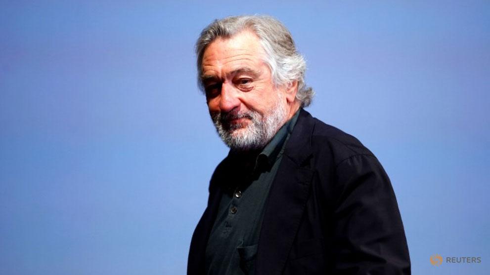 actor-robert-de-niro-talks-to-reporters-and-film-professionals-during--quot-coffee-with----quot--ev---3068692.jpg