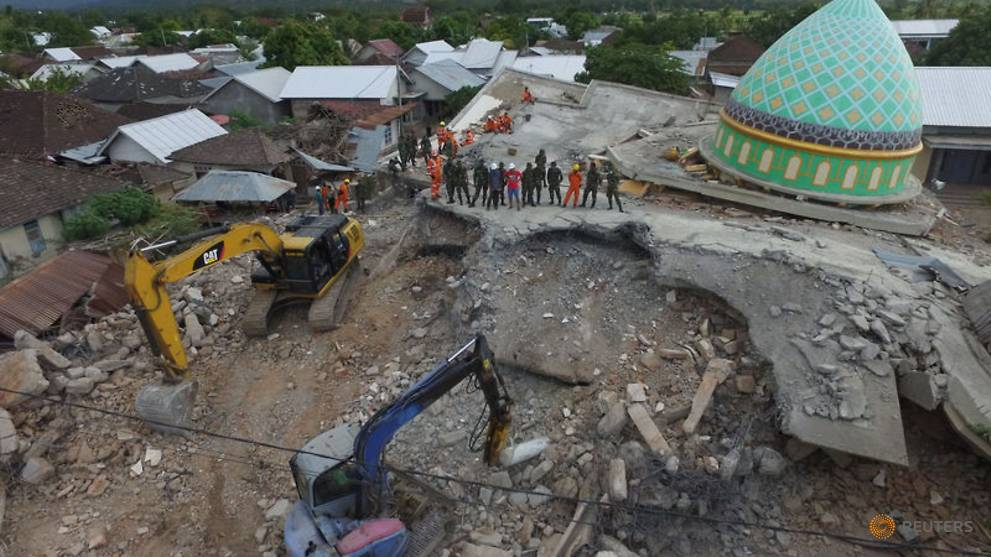 an-aerial-view-of-the-collapsed-jamiul-jamaah-mosque-where-rescue-workers-and-soldiers-search-for-earthquake-victims-in-pemenang--north-lombok-1.jpg