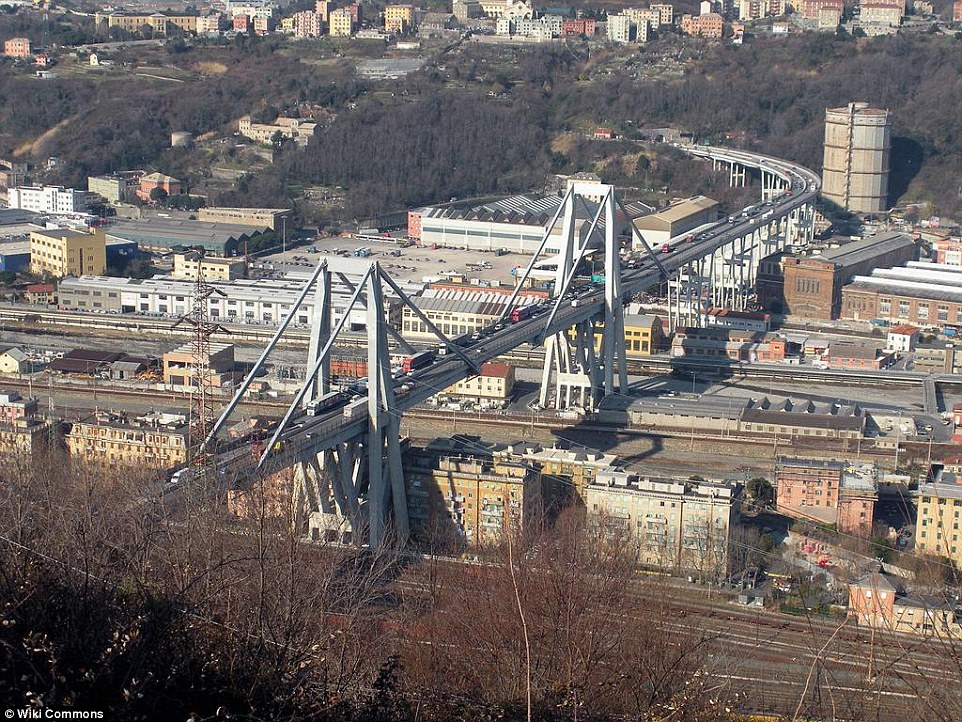 4F15595800000578-6058937-The_Morandi_bridge_pictured_before_the_collapse_went_down_due_to-a-64_1534287705868 (1).jpg