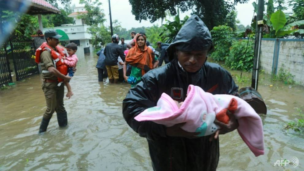 thousands-of-kilometres-miles-of-roads-and-hundreds-of-homes-have-been-damaged-or-destroyed-by-floods-that-have-ravaged-kerala-during-the-monsoon-1534325872601-2.jpg