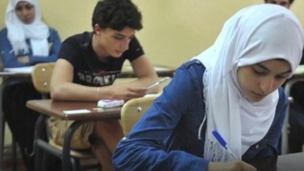 algeria-turns-off-internet-for-high-school-exams.jpg