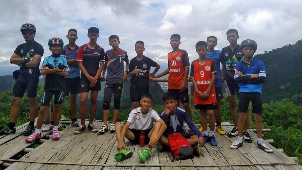 wild-boars-football-club-trapped-in-tham-luang-cave.jpg