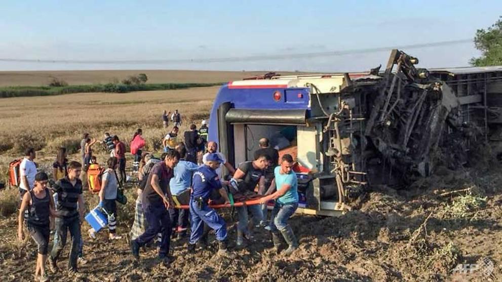 turkey-train.jpg