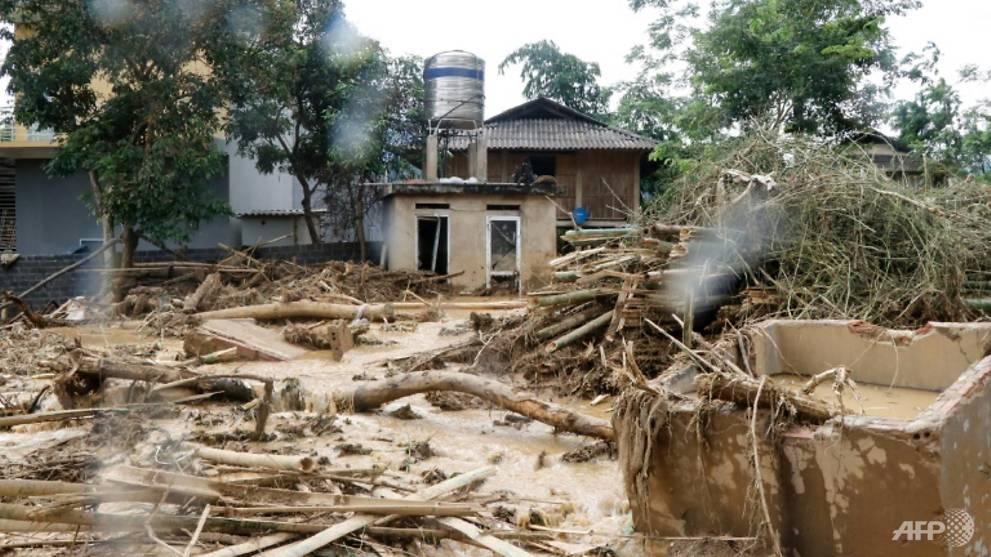 a-village-damaged-by-flash-flooding-in-vietnam-s-yen-bai-province-1532237496468-2.jpg
