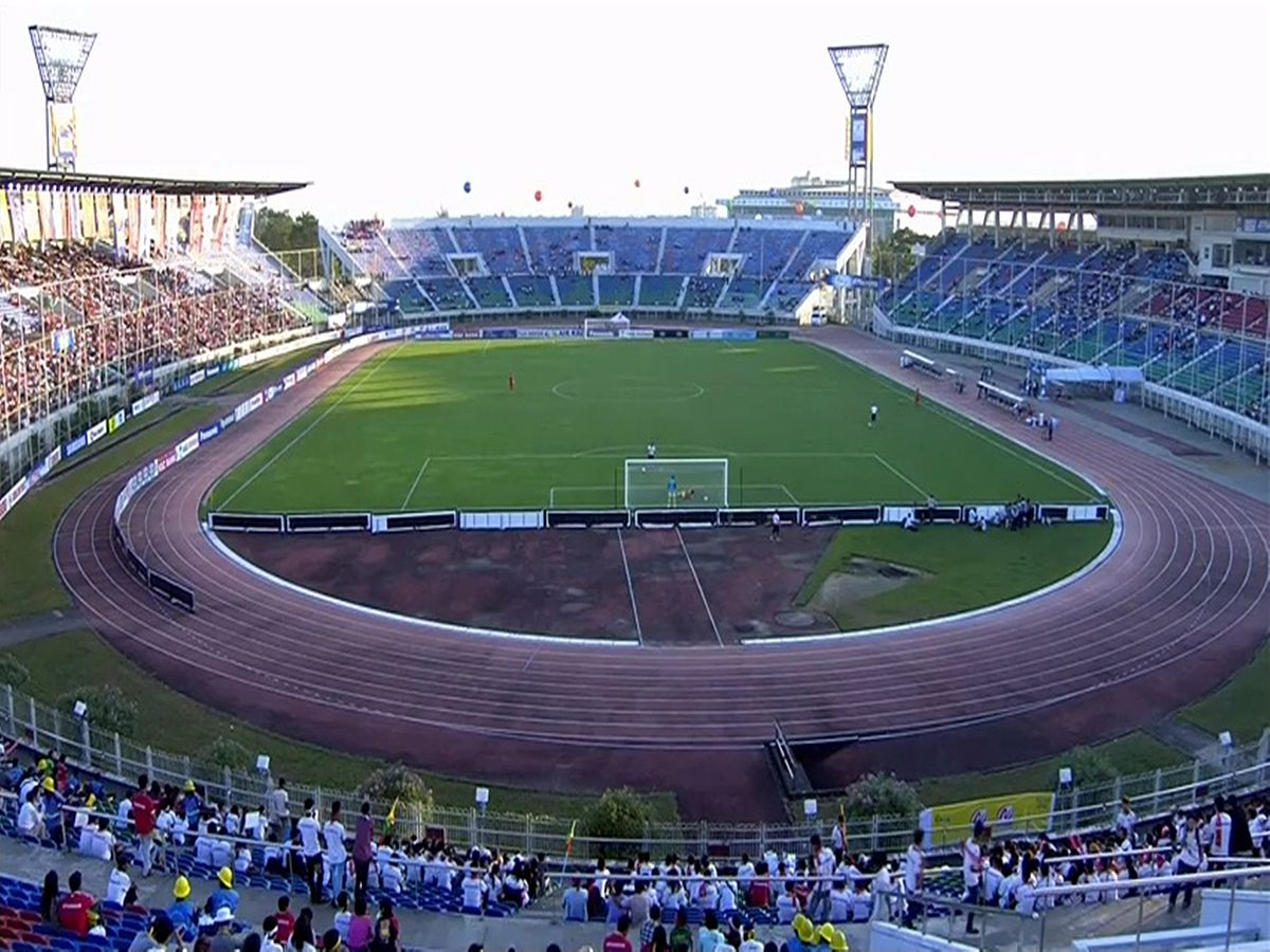 Thuwunna_Stadium.JPG