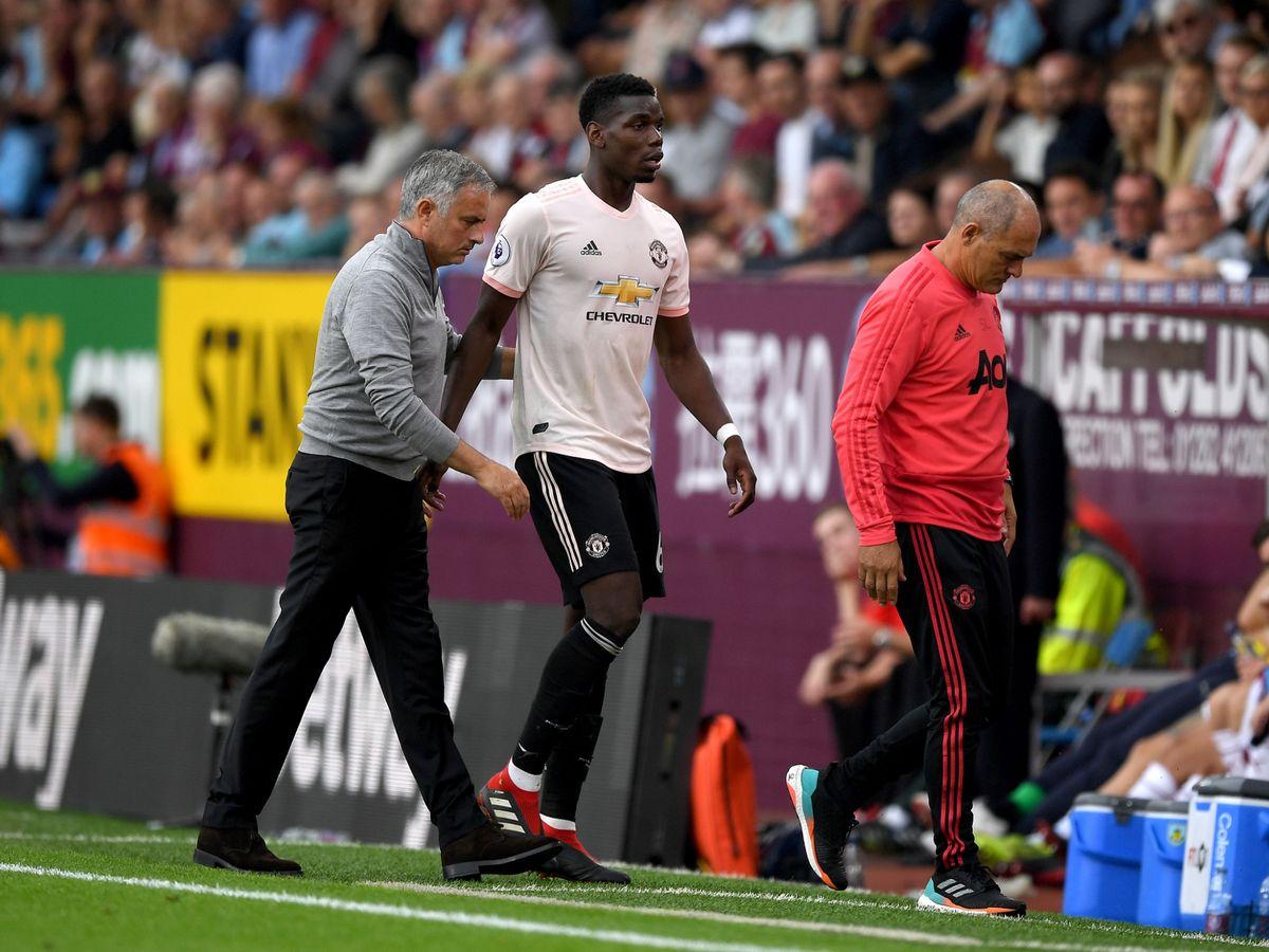 0_Paul-Pogba-Jose-Mourinho-Burnley-FC-v-Manchester-United-Premier-League.jpg