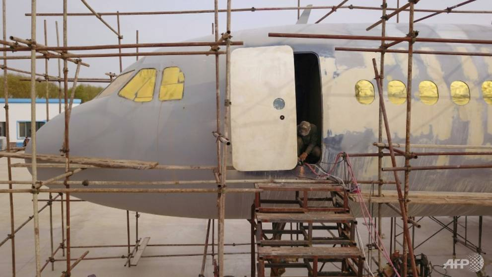 the-full-scale-replica-of-the-airbus-a320-built-by-farmer-zhu-yue-is-now-nearly-finished-1540554448242-7.jpg