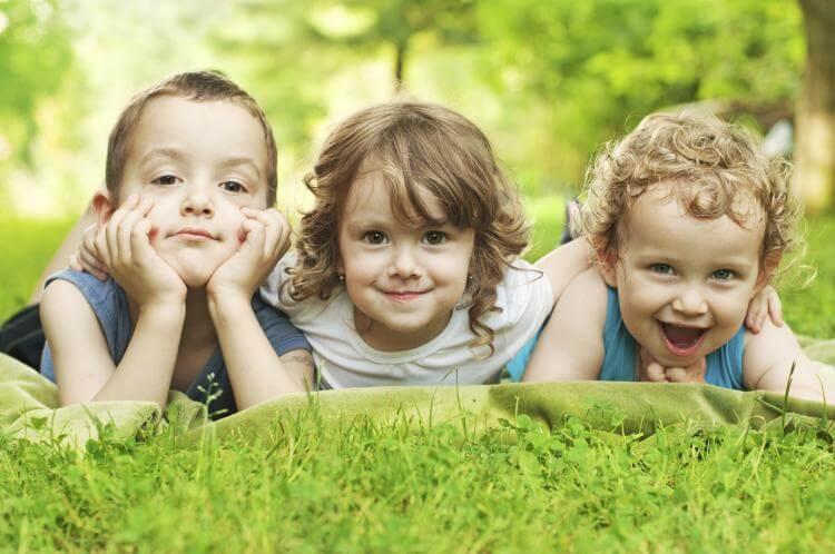 siblings-day-fun.jpg