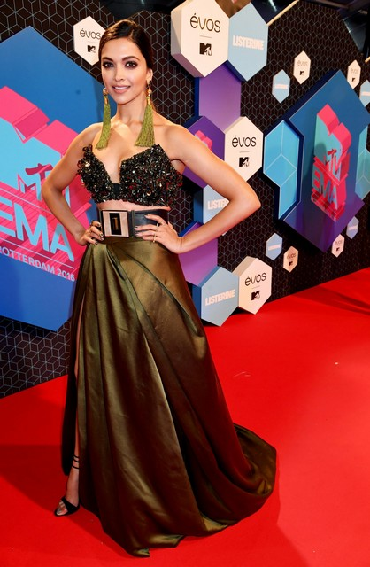 MTV_Red_Carpet_018-1500x2295.jpg