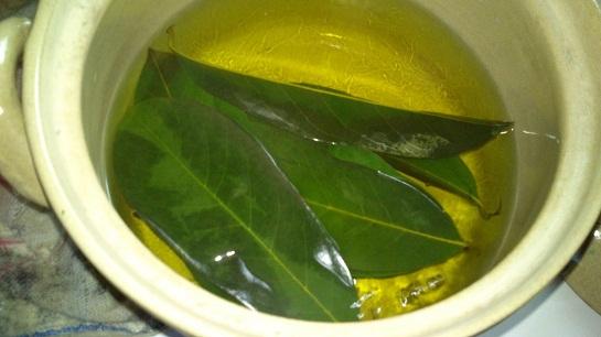 Guava-Leaves-Tea.jpg