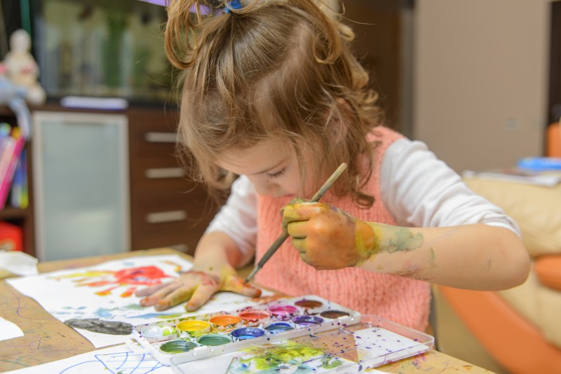 Tips for Introducing Your Child to the Arts at a Young Age_iStock_Oleg Rogkov_70707855_LARGE.jpg